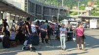 ORTA ASYA - Sarp Sınır Kapısı'nda bayram yoğunluğu