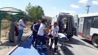 POLİS - Otomobilin Çarptığı Genç Hastanelik Oldu