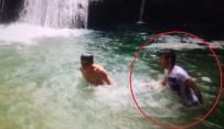 ERCAN YILMAZ - Şelalede yüzerken boğulma anı görüntülendi