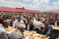 TABUR KOMUTANLIĞI - Başkale'de Emekli Olan Güvenlik Korucularına Veda Yemeği