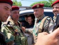SURIYE DEVLET BAŞKANı - Beşar Esad, Rusya'nın hava üssünü ziyaret etti