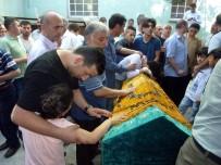 SALIH ŞAHIN - Bıçaklandığı Camiden Cenazesi Kaldırıldı