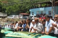 EĞERCI - Hatay'da Kazada Hayatını Kaybeden 4 Kişi Toprağa Verildi