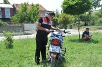 Motosikletler Kafa Kafaya Çarpıştı Açıklaması 2 Yaralı