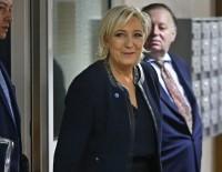 Polisler Le Pen'in Evini Korumaktan Bıktı