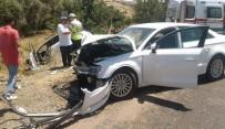 Üç Otomobil Birbirine Girdi Açıklaması 9 Yaralı