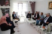 İLKNUR İNCEÖZ - Vali Pekmez'den Şehit Ailelerine Bayram Ziyareti