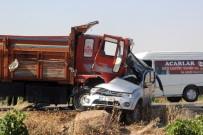 Askeri Araçla Kamyon Çarpıştı Açıklaması 1 Şehit, 5 Yaralı