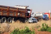 Askeri Araçla Kamyon Çarpıştı Açıklaması 1 Şehit, 6 Yaralı