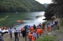 BAYRAM TATİLİ - Boraboy Gölü'nü Bayramda 15 Bin Kişi Dolaştı