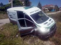 CENAZE - Cenaze Arabası Kaza Yaptı Açıklaması 1 Ölü