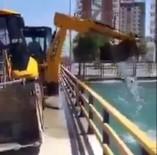 Kepçeyle Kanaldan Su Çekti, İş Makinelerini Yıkayıp Soğuttu