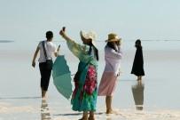 Tuz Gölü Tatilciler Ve Turistlerin Uğrak Yeri Haline Geldi