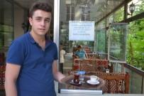 DİŞ ÇÜRÜMESİ - Şekersiz Çay İçen Müşterilerine Kahve İkram Ediyor