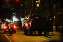 HÜKÜMET KARŞITI - Venezuela'da Yüksek Mahkemeye Ve İçişleri Bakanlığına Saldırı