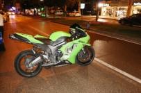 Yaralı Motosikletli 'Soru Sorun Bilincimi Açık Tutun' Diyerek Hayatta Kalmaya Çalıştı