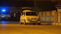BOMBA İHBARI - Araçta Bomba İhbarı Polisi Alarma Geçirdi