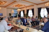 Başkan Kılıç, Çatlılar Derneğini Misafir Etti