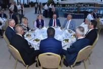 Başkan Kocamaz'dan Vali Çakacak'a Veda Yemeği