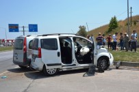 KARABIGA - Çanakkale'de Trafik Kazası Açıklaması 1 Yaralı