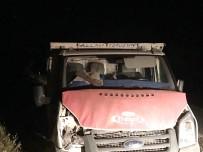 AYDIN YILMAZ - Kağızman'da Trafik Kazası Açıklaması 2 Ölü