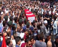 CENAZE TÖRENİ  - Karamanlı şehit polis son yolculuğuna uğurlandı