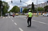 Kusurlu Araç Ve Sürücülere İki Haftada 1 Milyon TL Ceza Kesildi