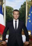 DEKORASYON - Macron Merakla Beklenen Resmi Portresini Paylaştı