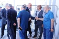 AYŞE TÜRKMENOĞLU - Malatya'da Darbe Girişimi Davası Öncesi Sanıklara Tepki