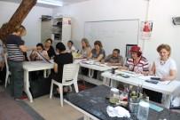 SOĞUKPıNAR - Kadın Kursiyerlerin Arasında Tek Erkek Sümbül Ağa