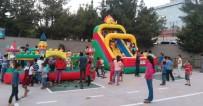 İFTAR ÇADIRI - Derik'te Terör Mağduru Çocuklara Devlet Şefkati