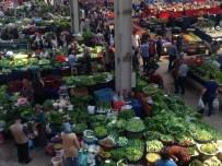 HALK PAZARI - Halk Pazarı Boş Kaldı