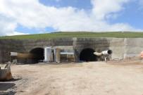 Vali Özefe, Tünel İnşaatında İncelemelerde Bulundu