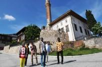 İDEALIST - Yabancı Öğrenciler İzmit'e Hayran Kaldı