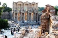 DÜĞÜN FOTOĞRAFI - Arkeologlar Derneği İzmir Şube Başkanı Yrd. Doç. Dr. Ahmet Uhri Açıklaması