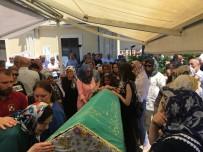 EDİZ HUN - Büyükada'da 4'Üncü Kattan Düşerek Hayatını Kaybeden Genç Kız Son Yolculuğuna Uğurlandı