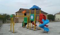 ERKENEK - Çocuk Parklarında Onarım Ve Yenileme Çalışmaları