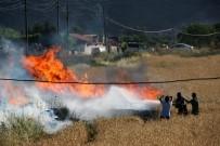 AKARYAKIT İSTASYONU - Muğla'da Anız Yangını Korkuttu