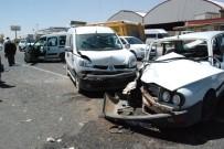 BALıKLıGÖL - Şanlıurfa'da Zincirleme Trafik Kazası Açıklaması 5 Yaralı