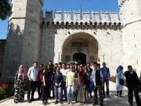 TOPKAPI SARAYI - Çocuk Meclisi İstanbul'da Unutulmaz Bir Gün Geçirdi