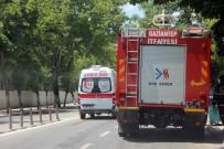 PATLAMA SESİ - Dairedeki Patlamanın Ardından Yangın Çıktı Açıklaması 13 Kişi Zehirlendi