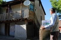 DOĞU TÜRKISTAN - Elazığ'da 2 Bin Aileye Ramazan Yardımı