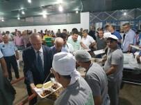 İFTAR ÇADIRI - Başkan Aktaş, Vatandaşlarla İftar Sofrasında Bir Araya Geldi