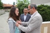 ÇAM SAKıZı - Başkan Ertürk'ten TEOG Birincisine Ödül