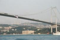 EUROLEAGUE - Beşiktaş Bayrağı 15 Temmuz Şehitler Köprüsü'ne Asıldı