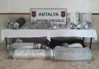 İSVIÇRE FRANGı - Jandarmadan Uyuşturucu İmalathanesine Baskın