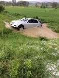 SEL BASKINI - Kastamonu'da Sağanak Yağış
