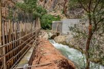 ERKENEK - Büyükşehir Belediyesi 19 Köprü Daha Yapıyor