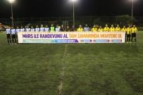 HASTANE RANDEVU SİSTEMİ - Futbolcular Sahaya MHRS Pankartı İle Çıktı