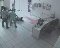 Kadın doktora saldırı kamerada